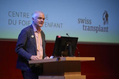 Prof. Emiliano Giostra, médecin adjoint agrégé, Service de Transplantation, Hôpitaux Universitaires de Genève